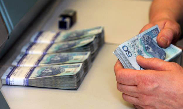 Komornik, uchylone BTE i kasa odzyskana od mBanku